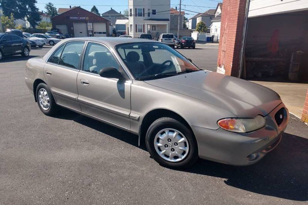 Autotrader Find: 1997 Hyundai Sonata With Just 57,000 Miles featured image large thumb0