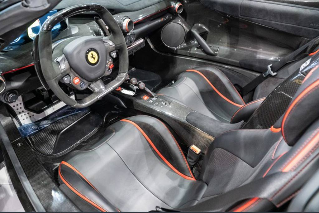 Autotrader Find: LaFerrari Aperta For $5.5 Million featured image large thumb3