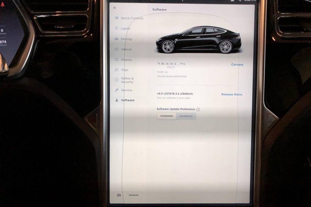 Autotrader Find: 2013 Tesla Model S For Under $27,000 featured image large thumb4