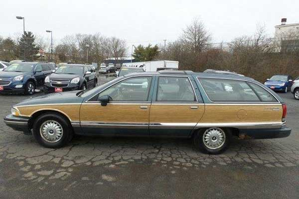 5 1990s Cars Worth Restoring Currently For Sale on Autotrader featured image large thumb0