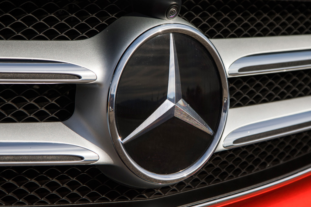 Should You Consider a Mercedes-Benz? featured image large thumb0