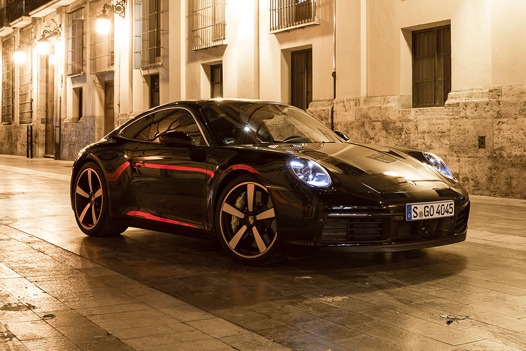 Buying a Used Porsche 911: Everything You Need to Know featured image large thumb7