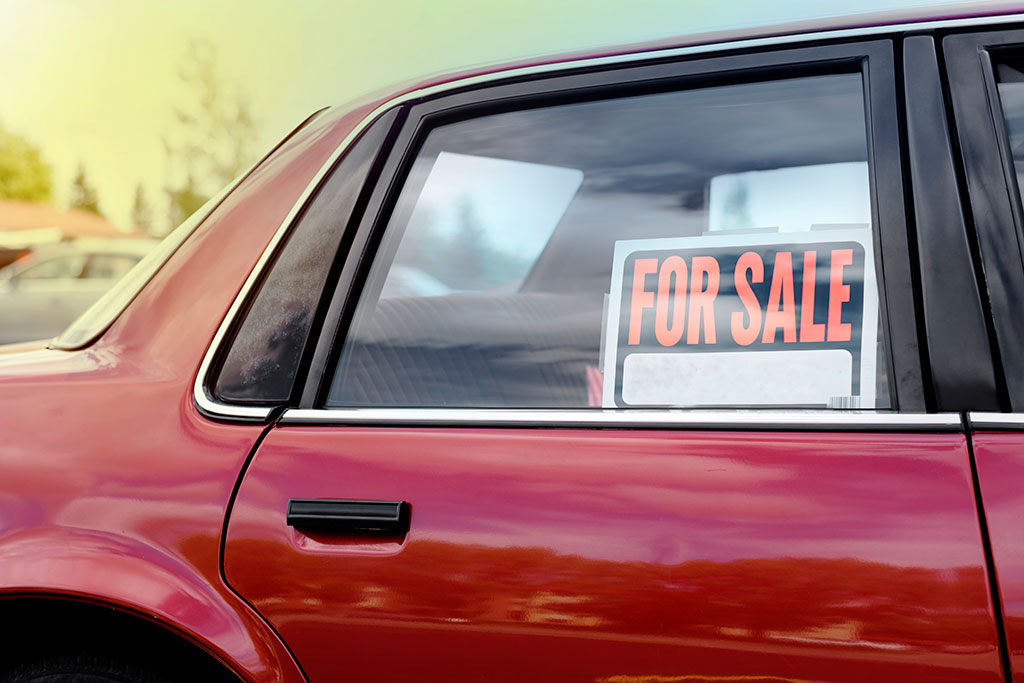 How to Sell a Car During the Coronavirus Pandemic featured image large thumb0