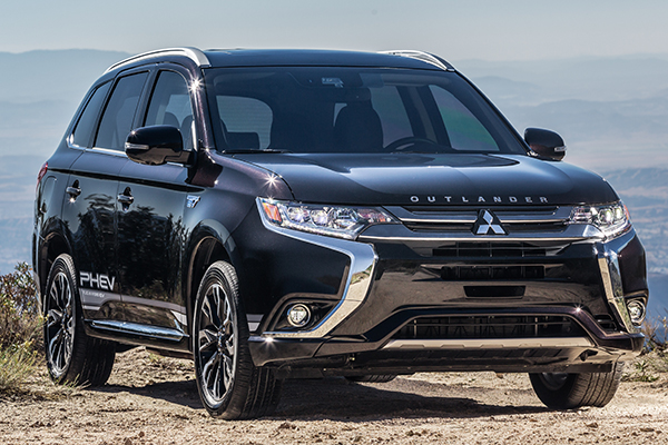 10 Great Hybrids and EVs for 2018 featured image large thumb9