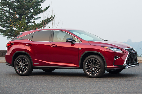 10 Great Hybrids and EVs for 2018 featured image large thumb10