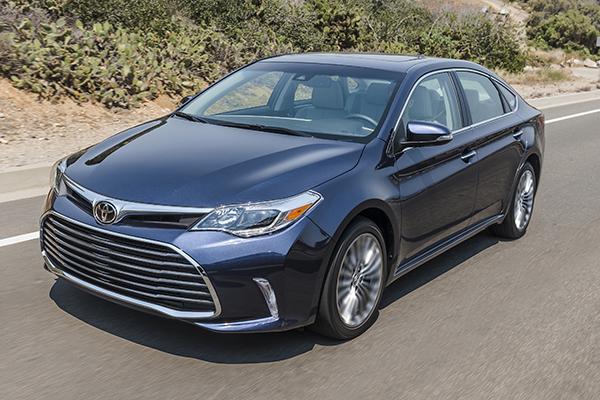 10 Great Hybrids and EVs for 2018 featured image large thumb8