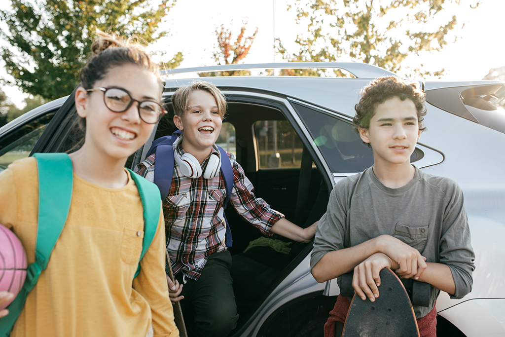 Go Back to School in Style With These Mom-Friendly SUVs and Minivans featured image large thumb0