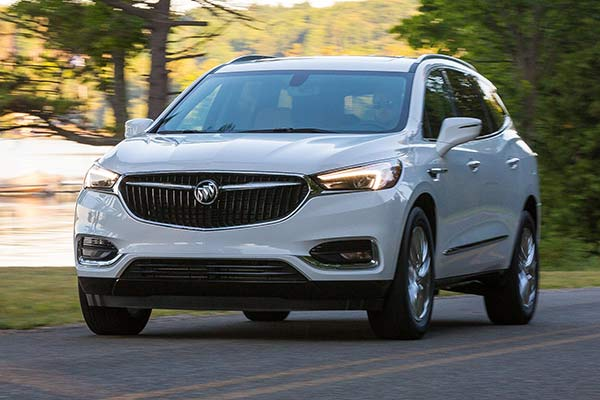 Go Back to School in Style With These Mom-Friendly SUVs and Minivans featured image large thumb1