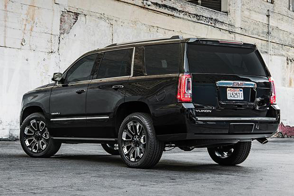 10 Hottest SUVs for Summer 2018 featured image large thumb9