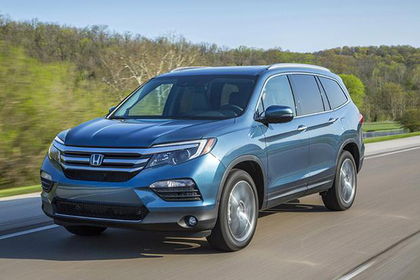 10 Hottest SUVs for Summer 2018 featured image large thumb10