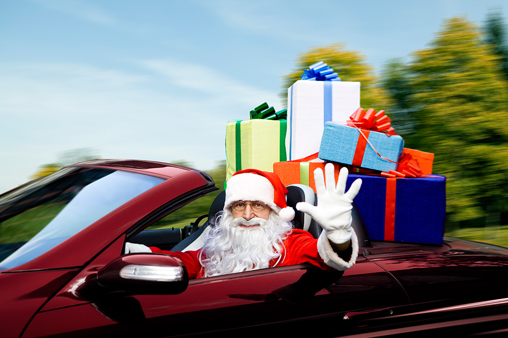 Best Gifts for the Car Nut on Your List featured image large thumb0