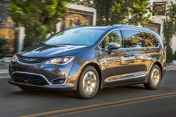 7 Outstanding Vehicles for Tailgating (including 2 Minivans!) featured image large thumb1