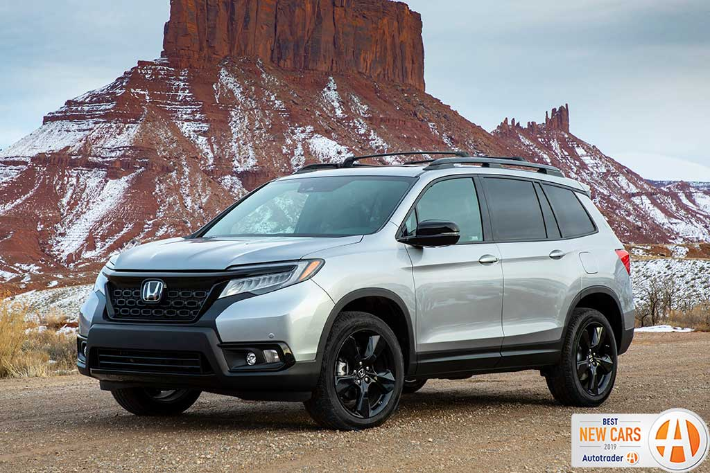12 Best New Cars for 2019 featured image large thumb6
