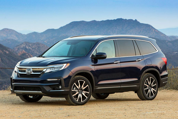 6 Family SUVs With Minivan Features featured image large thumb2