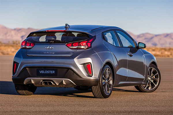 7 of the Newest Hatchbacks on the Market for 2019 featured image large thumb6
