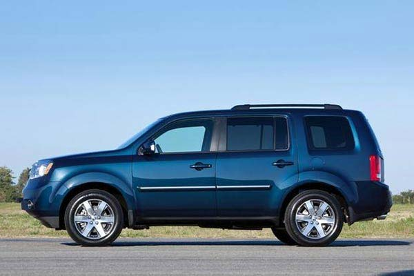 9 Good Used AWD Cars Under $10,000 for 2020 featured image large thumb2