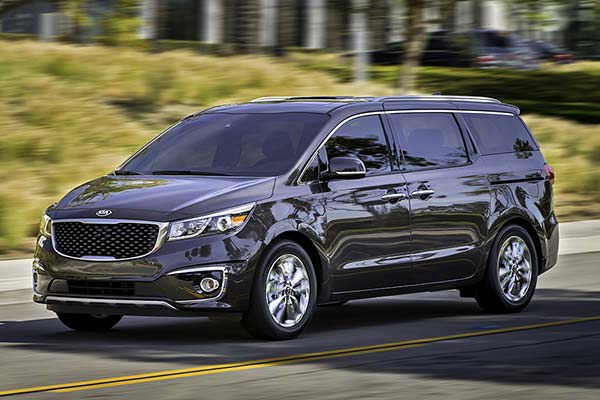6 Great Used Minivans Under $15,000 for 2020 featured image large thumb4