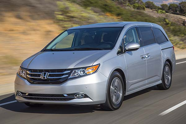 6 Great Used Minivans Under $15,000 for 2020 featured image large thumb3