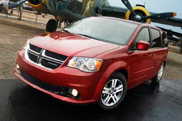 6 Great Used Minivans Under $15,000 for 2020 featured image large thumb1