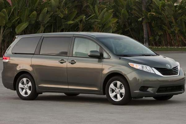 6 Great Used Minivans Under $15,000 for 2020 featured image large thumb6