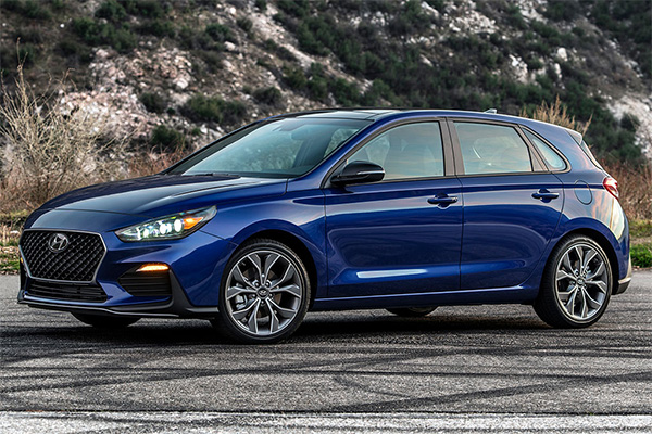 8 Great New Hatchbacks Under $30,000 for 2019 featured image large thumb7