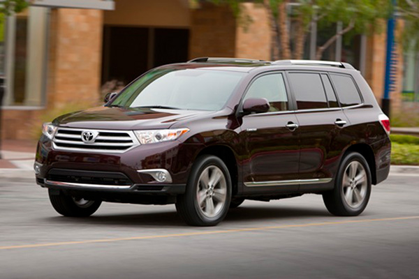 7 Great Used 3-Row SUVs Under $10,000 for 2019 featured image large thumb7