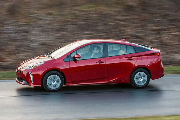 Great New Toyotas Under $25,000 for 2019 featured image large thumb7
