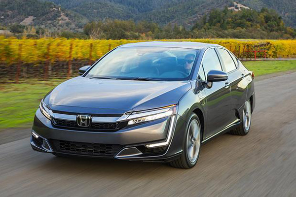 7 Great New Hondas Under $40,000 for 2019 featured image large thumb7