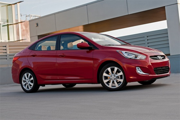7 Good Used Subcompact Cars Under $5,000 for 2019 featured image large thumb7