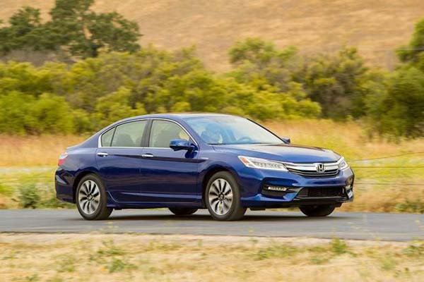 6 Great Used Hybrid Cars Under $20,000 for 2019 featured image large thumb5
