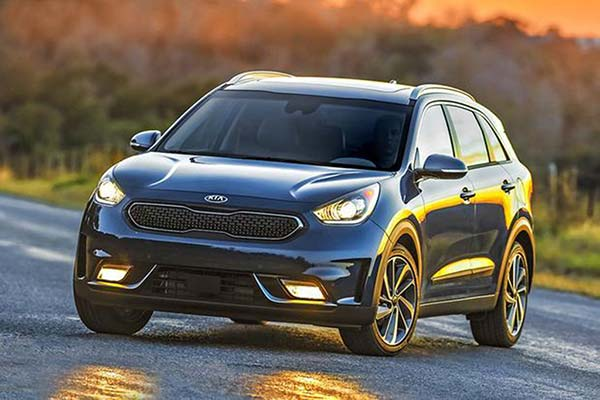 6 Great Used Hybrid Cars Under $20,000 for 2019 featured image large thumb6