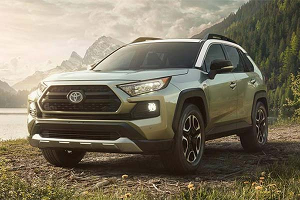 Toyota Large Suv >> 6 Great New Toyota Trucks And Suvs For Adventuring In 2019 Autotrader