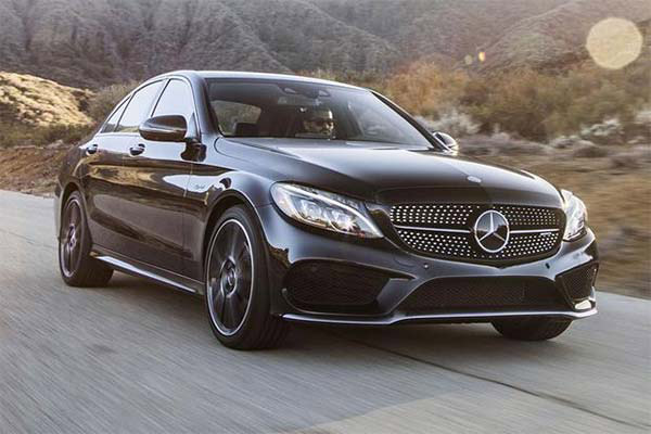 7 of the Fastest New Sedans Under $60,000 for 2019 featured image large thumb7