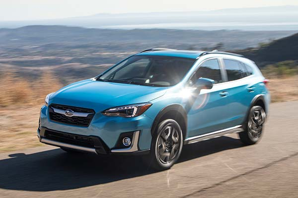 8 Great New Plug-In Hybrid and Electric Vehicles Under $40,000 for 2019 featured image large thumb6