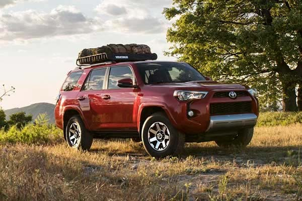 8 Best New Toyotas Under $40k for 2019 featured image large thumb7