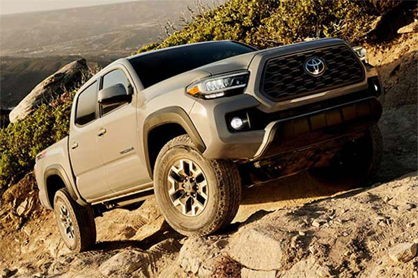 8 Best New Toyotas Under $40k for 2019 featured image large thumb8