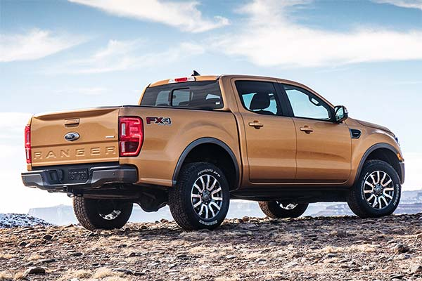 IIHS Top Safety Pick-Rated Midsize Pickups for 2020 featured image large thumb3