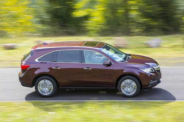 The Top 8 Used Luxury SUVs Under $30,000 for 2019 featured image large thumb1