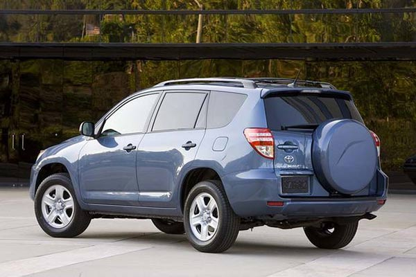 7 Good Used Compact SUVs Under $10,000 for 2019 featured image large thumb7