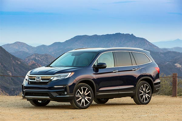 IIHS Top Safety Pick-Rated Midsize Family SUVs for 2019 featured image large thumb8