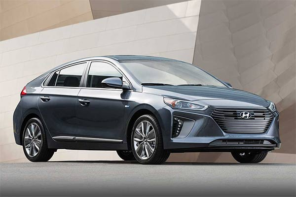 IIHS Top Safety Pick Rated Compact Cars for 2019 featured image large thumb8
