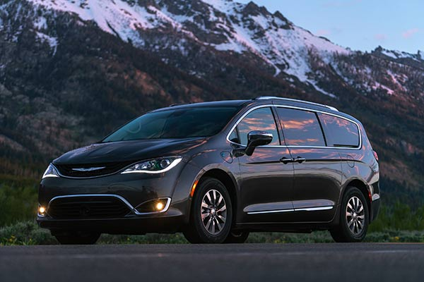 12 Best Electric Vehicles for 2019 featured image large thumb2