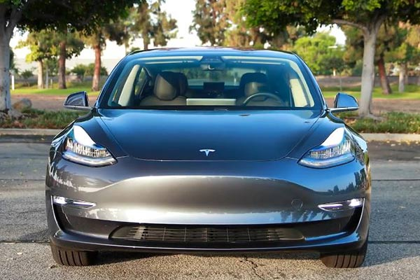 12 Best Electric Vehicles for 2019 featured image large thumb11