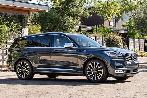 12 Best Electric Vehicles for 2019 featured image large thumb7