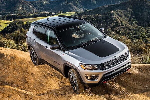 8 Great Used Compact SUVs Under $20,000 for 2019 featured image large thumb4