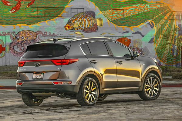 8 Great Used Compact SUVs Under $20,000 for 2019 featured image large thumb5