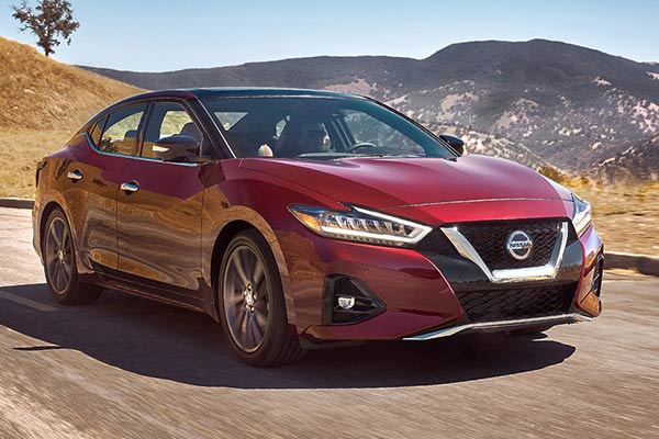 Top 6 Luxury Cars From Non-Luxury Brands for 2019 featured image large thumb4