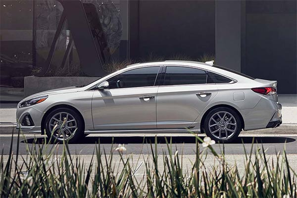 Great IIHS Top Safety Pick-Rated Family Sedans for 2019 featured image large thumb4
