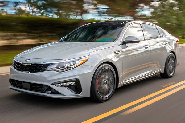Great IIHS Top Safety Pick-Rated Family Sedans for 2019 featured image large thumb3