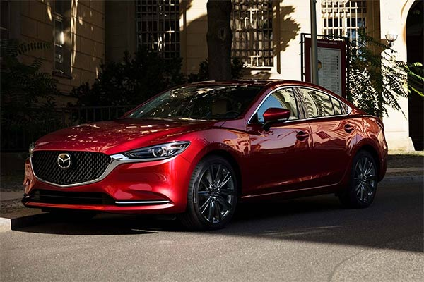 Great IIHS Top Safety Pick-Rated Family Sedans for 2019 featured image large thumb6